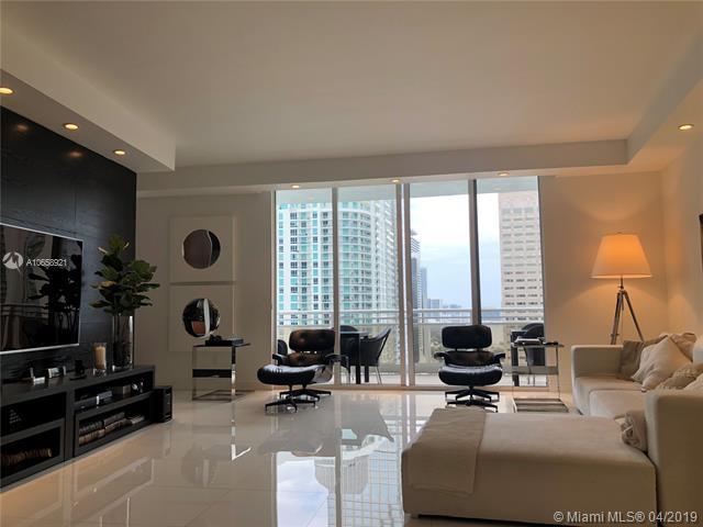 901 Brickell Key Blvd #3006, Miami, FL 33131 (MLS #A10658921) :: The Riley Smith Group