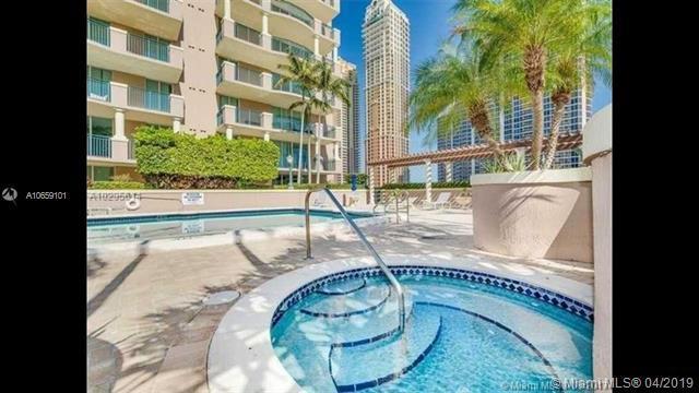 17555 Atlantic Ph7, Sunny Isles Beach, FL 33160 (MLS #A10659101) :: RE/MAX Presidential Real Estate Group
