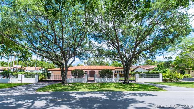 1409 Granada Blvd, Coral Gables, FL 33134 (MLS #A10659132) :: Castelli Real Estate Services