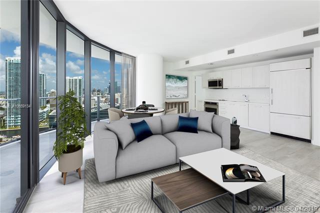 45 SW 9th St #2608, Miami, FL 33131 (MLS #A10659134) :: The Riley Smith Group