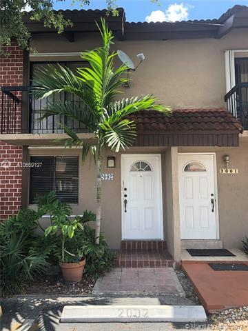 1821 SW 107th Ave #2002, Miami, FL 33165 (MLS #A10659197) :: RE/MAX Presidential Real Estate Group