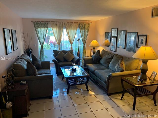 8701 SW 141 ST K3, Palmetto Bay, FL 33176 (MLS #A10659373) :: Grove Properties