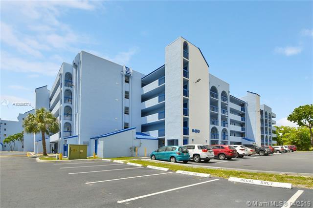 9460 Fontainebleau Blvd #130, Miami, FL 33172 (MLS #A10659374) :: Laurie Finkelstein Reader Team