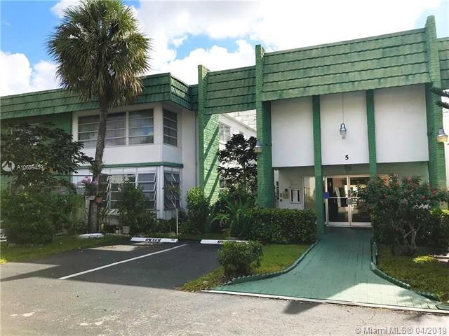 4821 NW 22nd Ct #211, Lauderhill, FL 33313 (MLS #A10659439) :: Ray De Leon with One Sotheby's International Realty
