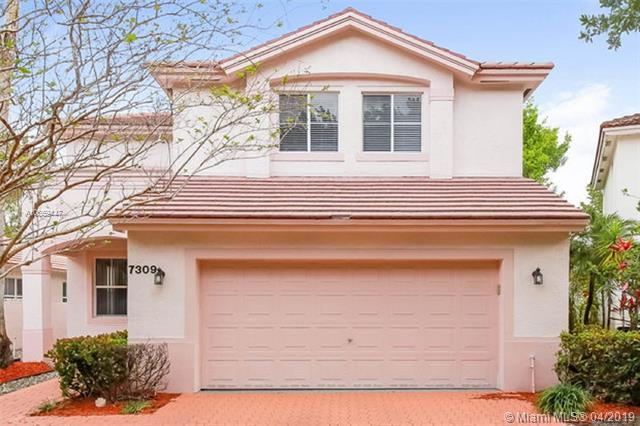7309 NW 1st Pl, Plantation, FL 33317 (MLS #A10659447) :: The Chenore Real Estate Group