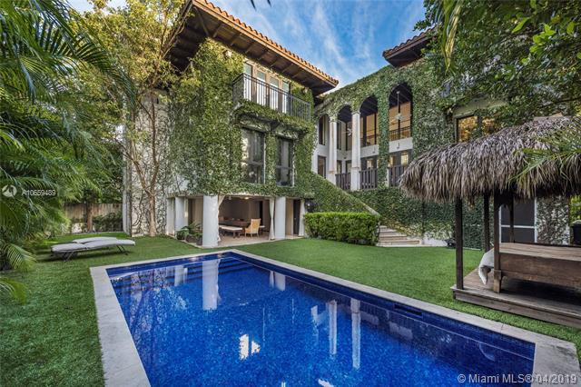 341 Palmwood Ln, Key Biscayne, FL 33149 (MLS #A10659489) :: Grove Properties