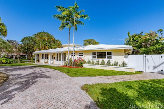 2660 NE 26th Ter, Fort Lauderdale, FL 33306 (MLS #A10659539) :: The Paiz Group