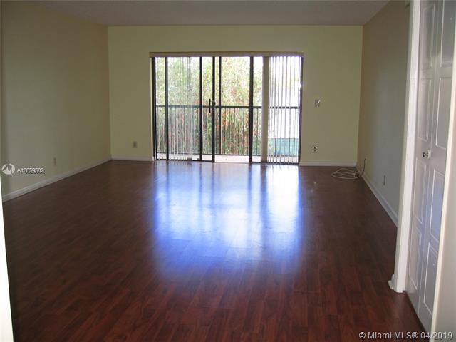 16491 Blatt Blvd #203, Weston, FL 33326 (MLS #A10659582) :: The Chenore Real Estate Group