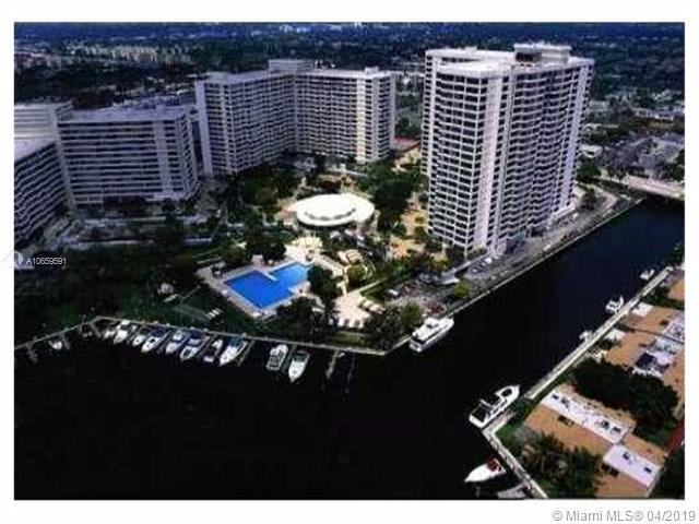 2500 Parkview Dr #2401, Hallandale, FL 33009 (MLS #A10659591) :: The Chenore Real Estate Group