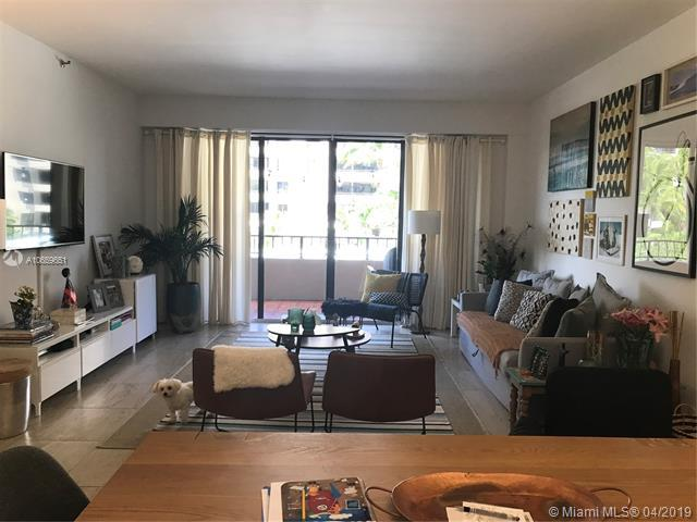 201 Crandon Blvd #324, Key Biscayne, FL 33149 (MLS #A10659651) :: The Riley Smith Group