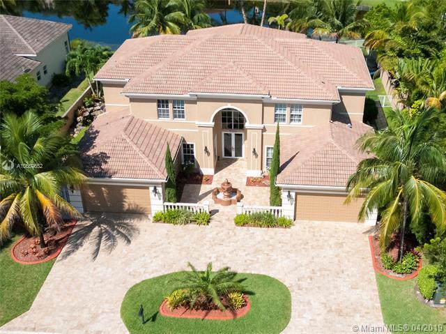 542 Enclave Cir E, Pembroke Pines, FL 33027 (MLS #A10659652) :: RE/MAX Presidential Real Estate Group