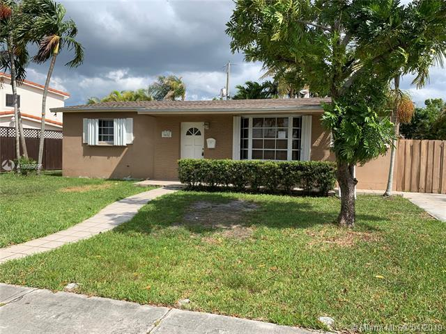 9450 SW 25th Dr, Miami, FL 33165 (MLS #A10659696) :: RE/MAX Presidential Real Estate Group