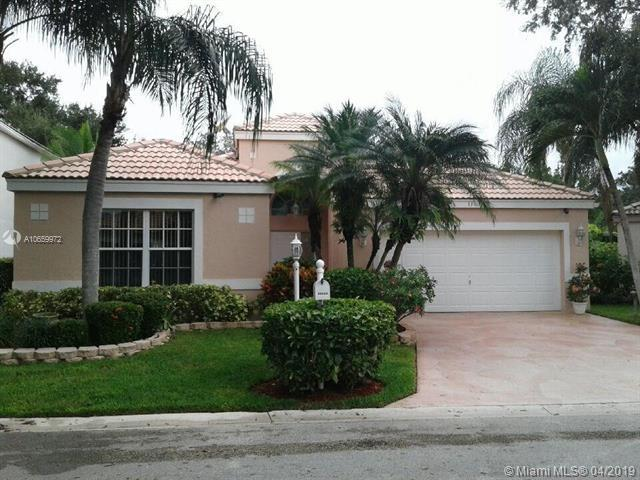 11613 NW 3rd Dr, Coral Springs, FL 33071 (MLS #A10659972) :: The Paiz Group