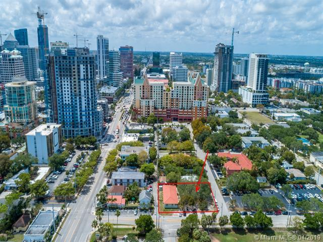 17 NE 9th Ave, Fort Lauderdale, FL 33301 (MLS #A10659975) :: The Paiz Group