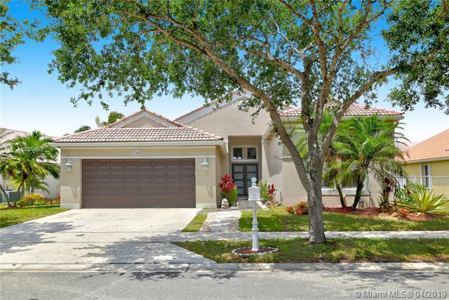 1109 Cedar Falls Dr, Weston, FL 33327 (MLS #A10659983) :: Castelli Real Estate Services