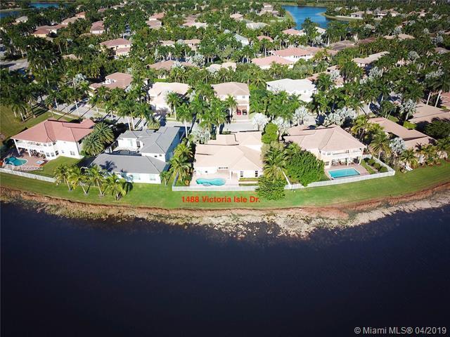 1488 Victoria Isle Dr, Weston, FL 33327 (MLS #A10660062) :: Castelli Real Estate Services