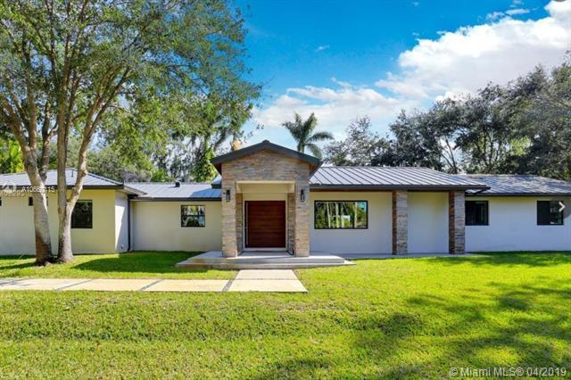 2700 SW 116th Ave, Davie, FL 33330 (MLS #A10660115) :: Laurie Finkelstein Reader Team