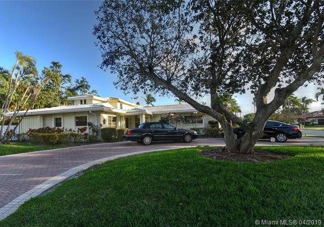 609 N 11th Ave, Hollywood, FL 33019 (MLS #A10660198) :: Laurie Finkelstein Reader Team