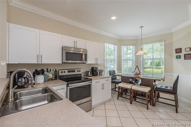 1694 Primrose Dr, Weston, FL 33327 (MLS #A10660290) :: The Riley Smith Group