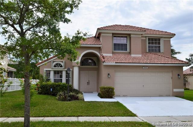 1841 NW 131 Ave, Pembroke Pines, FL 33028 (MLS #A10660292) :: Laurie Finkelstein Reader Team