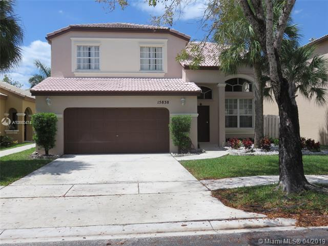 15838 NW 11th St, Pembroke Pines, FL 33028 (MLS #A10660474) :: Castelli Real Estate Services