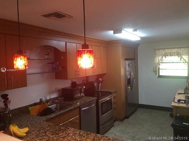 3926 Estepona Ave 7D2, Doral, FL 33178 (#A10660577) :: Dalton Wade