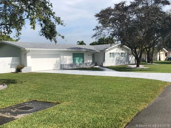 Palmetto Bay, FL 33157 :: RE/MAX Presidential Real Estate Group