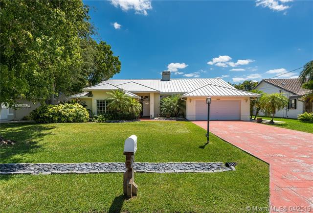 11760 NW 24th Street, Plantation, FL 33323 (MLS #A10660864) :: The Teri Arbogast Team at Keller Williams Partners SW