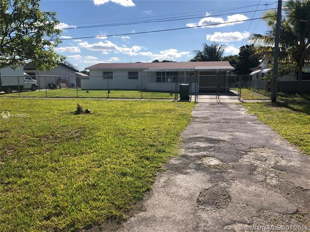 14530 NW 12th Ave, Miami, FL 33168 (MLS #A10660912) :: Laurie Finkelstein Reader Team