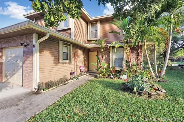 6181 Laurel Ln A, Tamarac, FL 33319 (MLS #A10660993) :: The Paiz Group