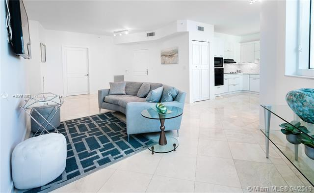 300 S Pointe Dr #909, Miami Beach, FL 33139 (MLS #A10661053) :: Ray De Leon with One Sotheby's International Realty