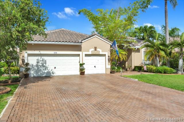 4740 NW 58th Ave, Coral Springs, FL 33067 (MLS #A10661253) :: The Paiz Group