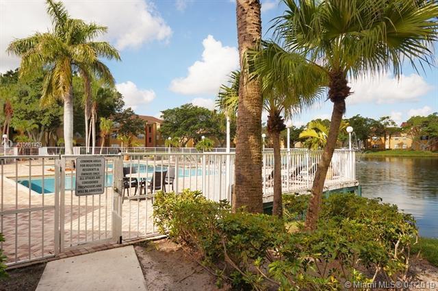 1401 Village Blvd #1416, West Palm Beach, FL 33409 (MLS #A10661429) :: The Paiz Group