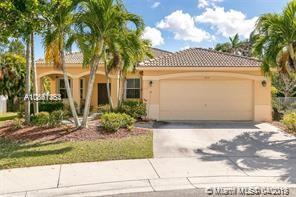 3932 Hawks Ct, Weston, FL 33331 (MLS #A10661463) :: The Riley Smith Group