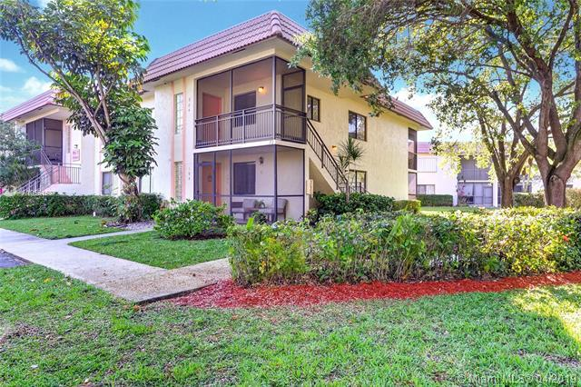 405 Lakeview Dr #204, Weston, FL 33326 (MLS #A10661537) :: The Teri Arbogast Team at Keller Williams Partners SW