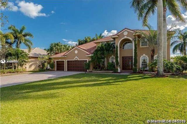 16574 Segovia Cir S, Pembroke Pines, FL 33331 (MLS #A10661872) :: RE/MAX Presidential Real Estate Group