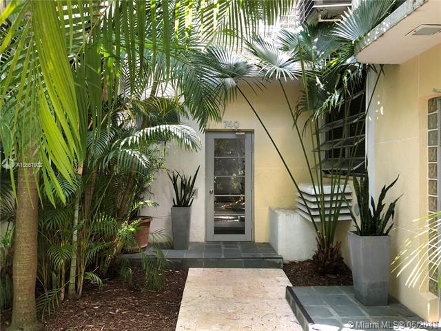 740 10th St #108, Miami Beach, FL 33139 (MLS #A10661902) :: The Paiz Group