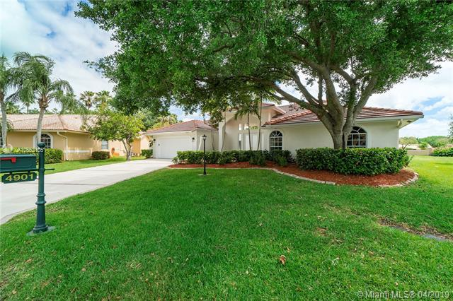 4901 NW 106th Ave, Coral Springs, FL 33076 (MLS #A10662105) :: Laurie Finkelstein Reader Team