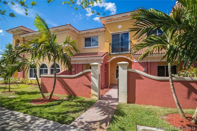 3629 NW 30th Ct, Lauderdale Lakes, FL 33311 (MLS #A10662166) :: The Jack Coden Group