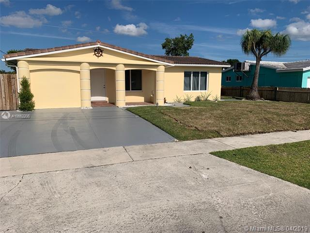 4600 SW 43rd Ave, Dania Beach, FL 33314 (MLS #A10662208) :: The Paiz Group