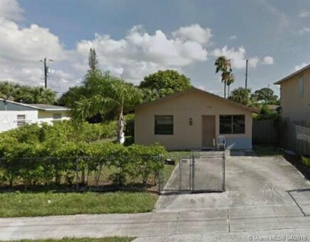 1626 W 15th St, Riviera Beach, FL 33404 (MLS #A10662297) :: The Jack Coden Group