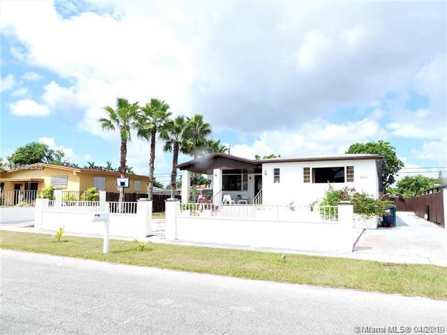 8025 SW 17th Ter, Miami, FL 33155 (MLS #A10662459) :: The Paiz Group
