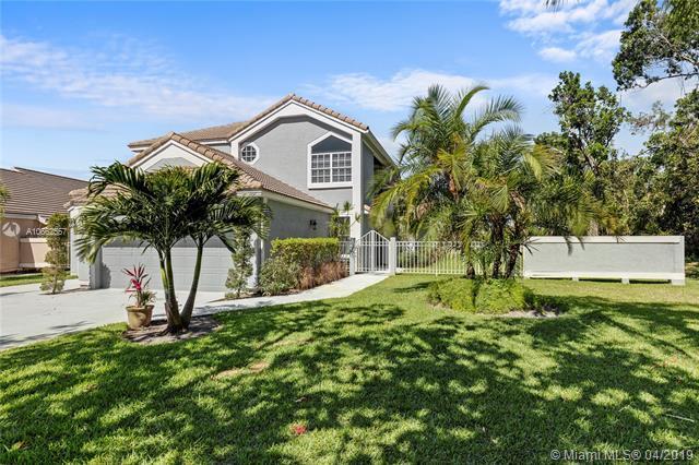 13901 Palm Grove Place, Palm Beach Gardens, FL 33418 (MLS #A10662557) :: Green Realty Properties