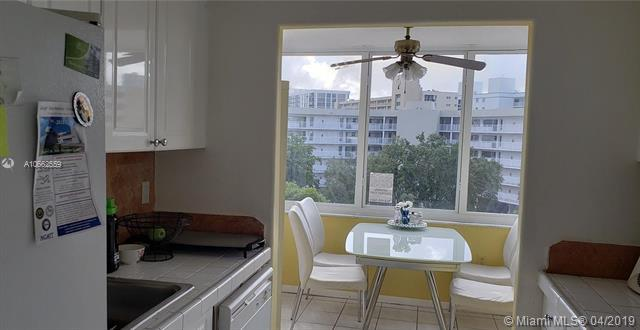 250 180th Dr #510, Sunny Isles Beach, FL 33160 (MLS #A10662559) :: Miami Villa Group