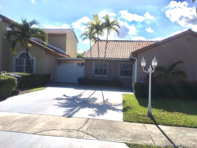 25024 SW 123rd Pl, Homestead, FL 33032 (MLS #A10662754) :: The Paiz Group