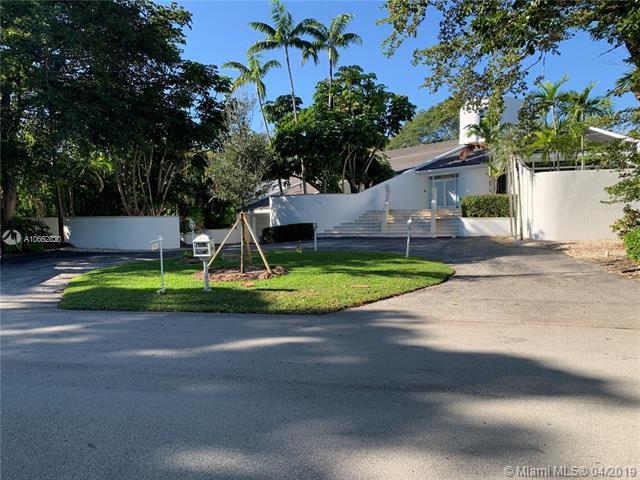 7540 Los Pinos Blvd, Coral Gables, FL 33143 (MLS #A10662820) :: The Maria Murdock Group