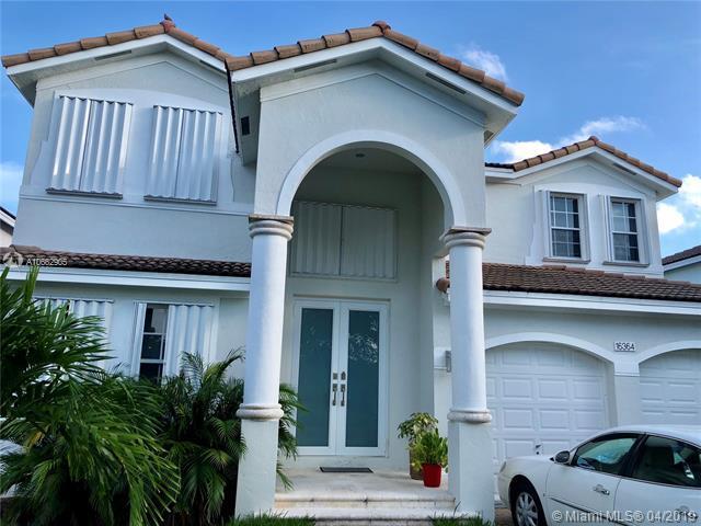 16364 SW 61st Ln, Miami, FL 33193 (MLS #A10662905) :: The Paiz Group