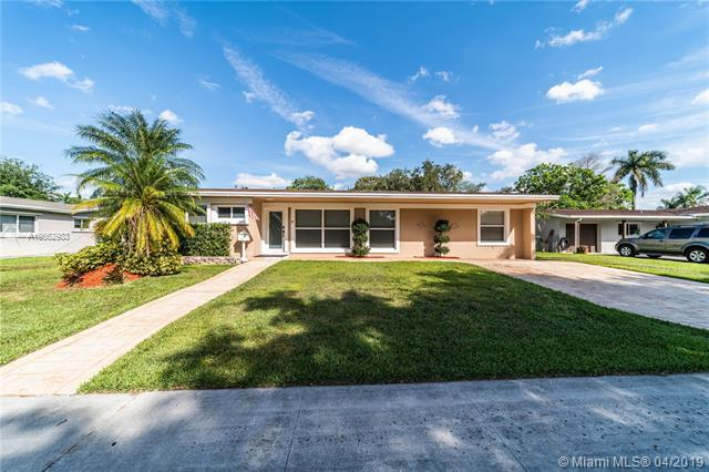 9200 SW 51st Pl, Cooper City, FL 33328 (MLS #A10662983) :: Miami Villa Group