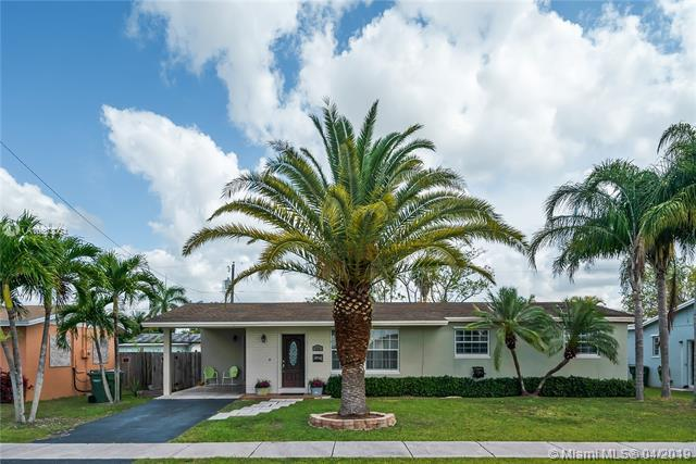 711 NW 17 Street, Homestead, FL 33030 (MLS #A10663064) :: Green Realty Properties