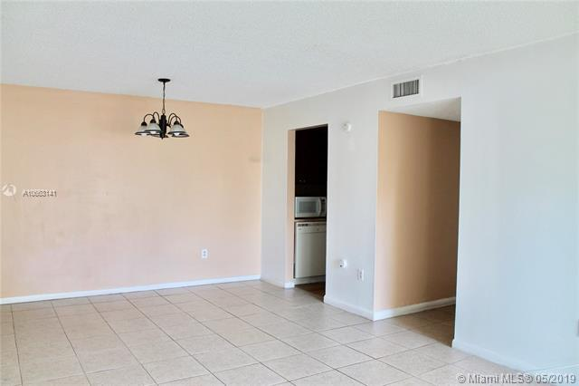 7429 SW 152nd Ave 13-103, Miami, FL 33193 (MLS #A10663141) :: Ray De Leon with One Sotheby's International Realty